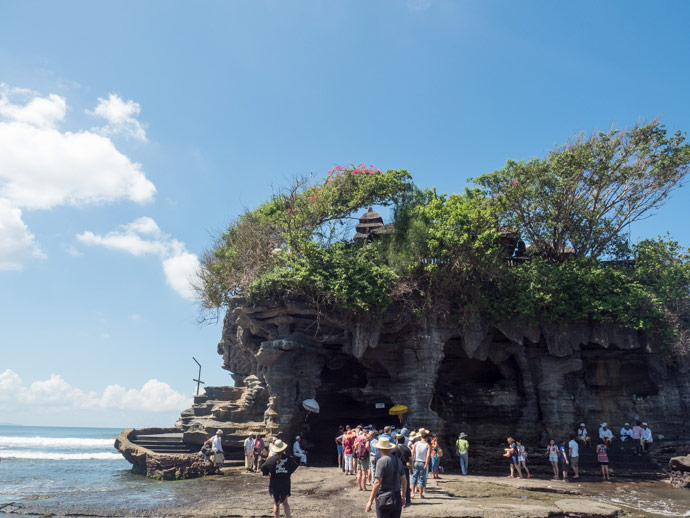 Tanah Lot Blessing Lines