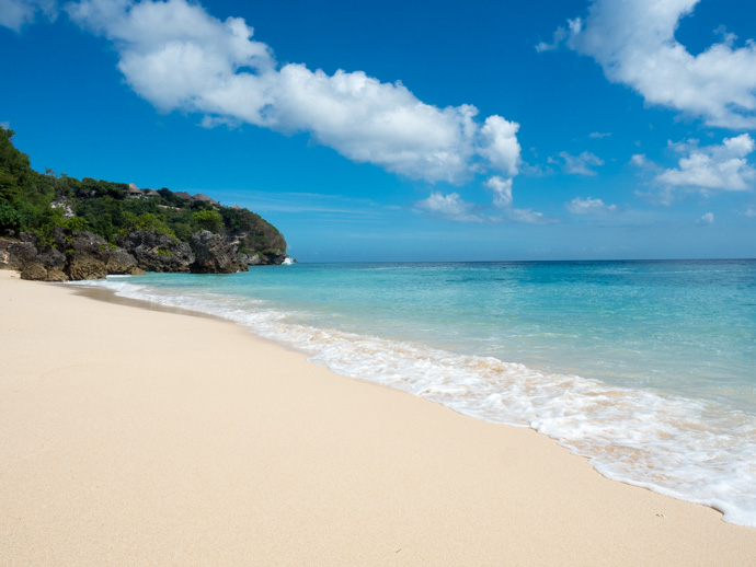 where are the best bali beaches almost landing bali