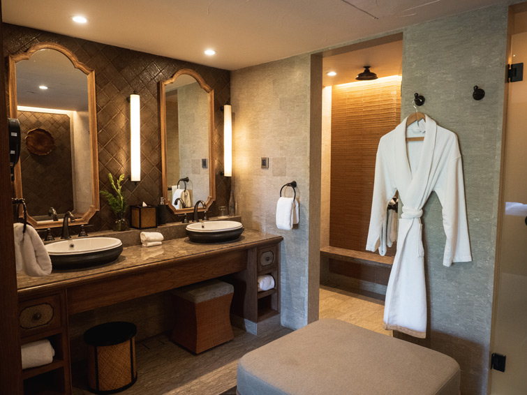 Hyatt Regency Bali Bathrooms Family Suite