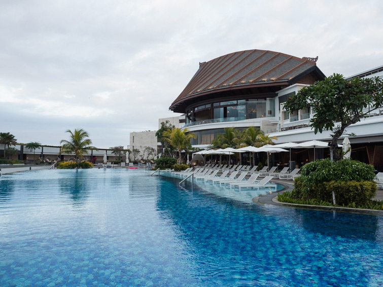 Renaissance Bali Uluwatu Upper Pool By The Restaurants